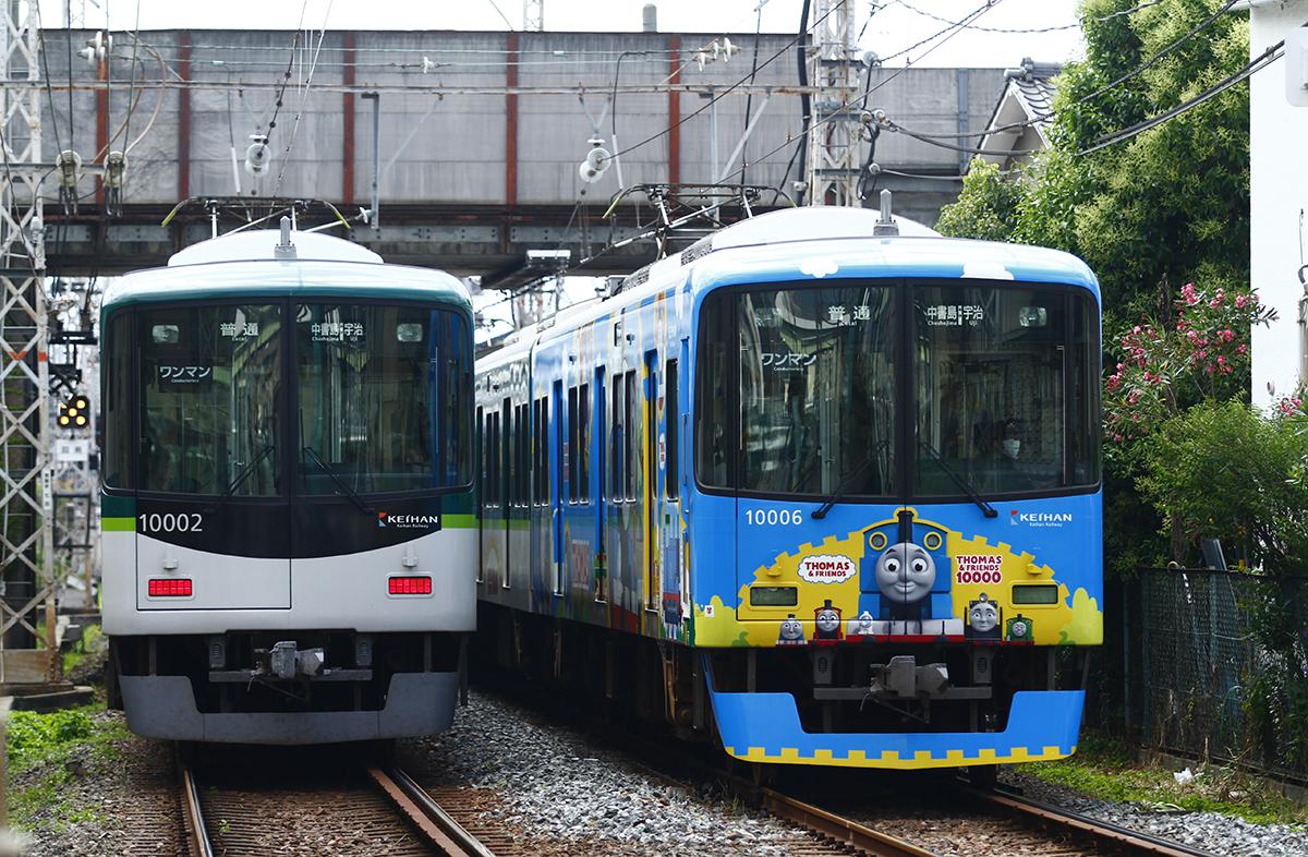 京阪電鉄宇治線きかんしゃトーマスラッピング車両